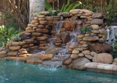 natural-style-water-feature